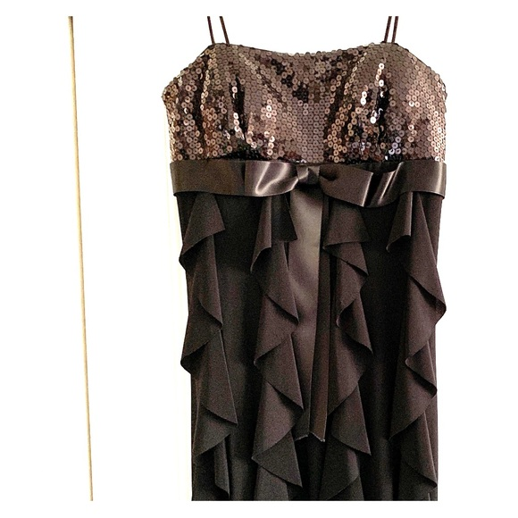 Betsy & Adam Dresses & Skirts - Size 6 Black Cocktail Dress